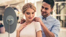 Fecomércio SC divulga pesquisa de resultados de vendas para o Dia dos Namorados